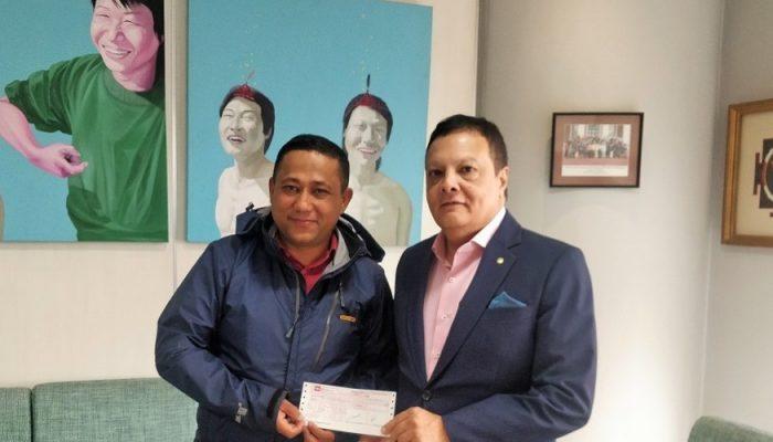 सामुदायिक विद्यालयलाई हिमालयन बैंकको ५ लाख सहयोग